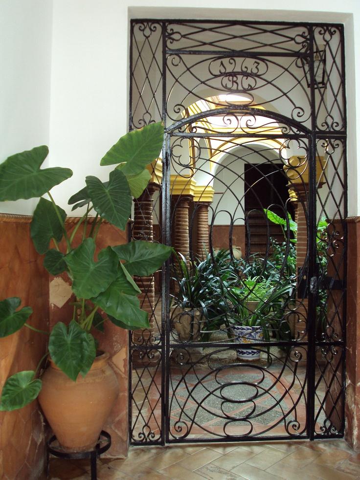 17 mejores im genes sobre patios sevillanos en pinterest - Patios interiores andaluces ...