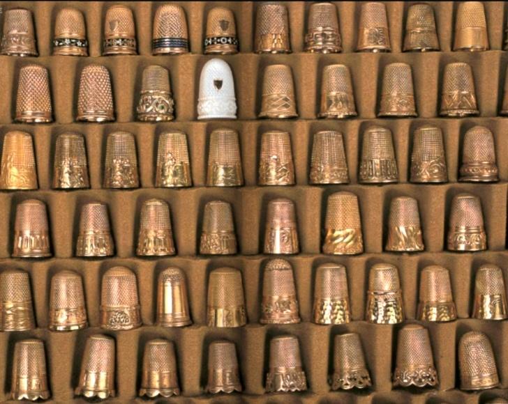 """gold thimbles, from """"Ouvrages de Dames,"""" Frédérique Crestin-Billet, Sajou"""