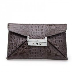 Going out? Bring the nirvana clutch from Leowulff! #leowulff