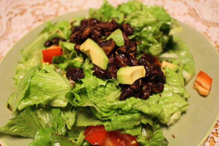 Clean Eating Salat mit gerösteten Kidneybohnen
