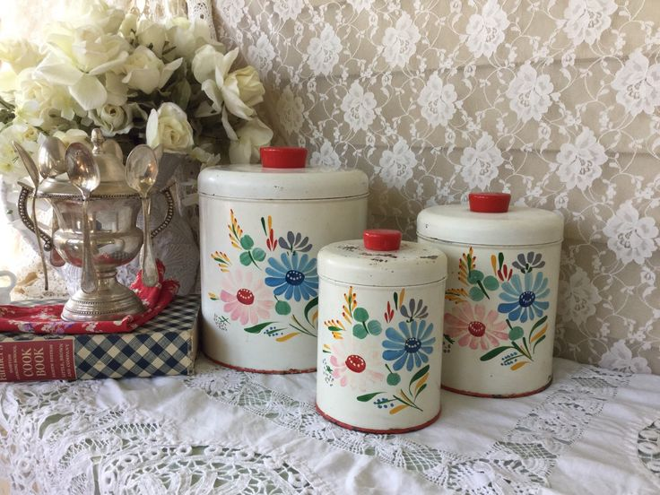 Cake Tin Sets For Sale