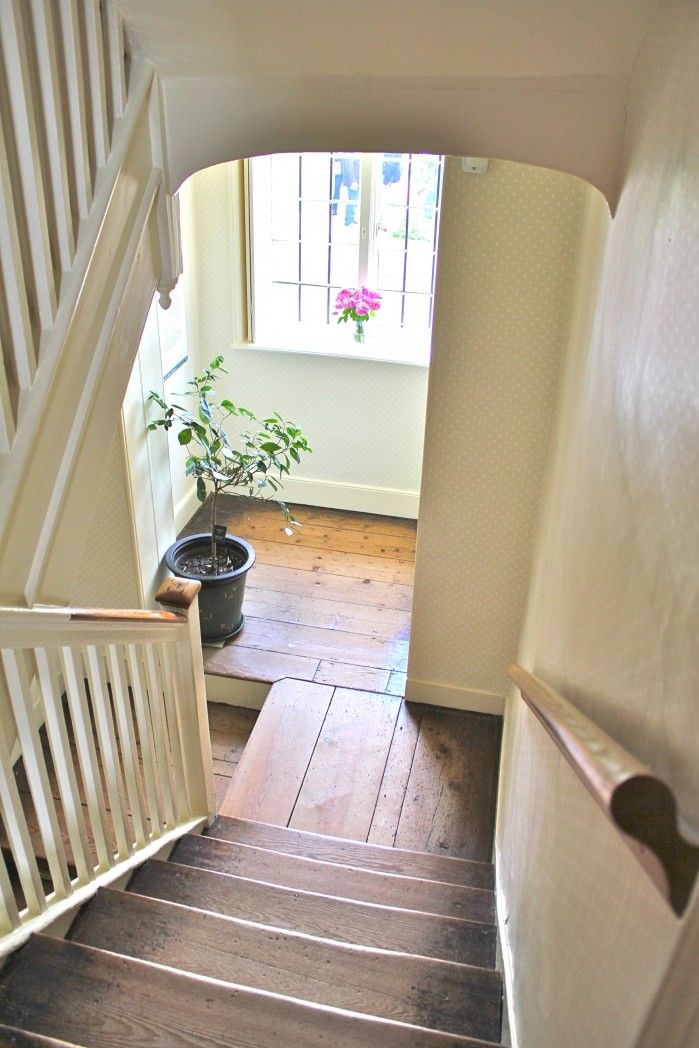 would love to replace our carpeted stairs with hardwood...hmmmm