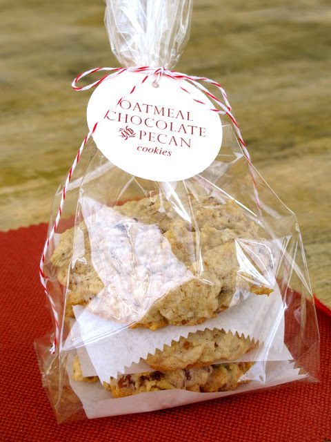 cookie packaging: clear cellophane bag with paper label tied with pretty string