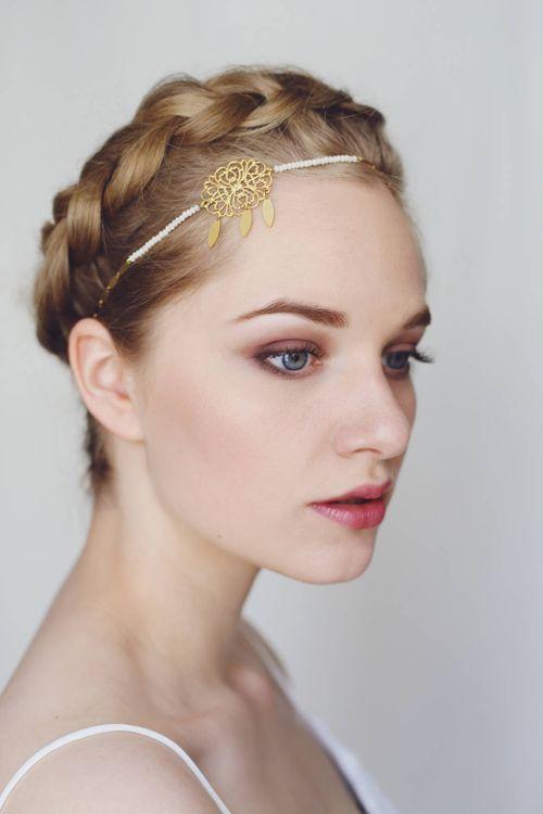 http://vousmademoiselle.com/    Bijou de tête mariage Bohème Headband wedding Bohème with glass beads and gold brass