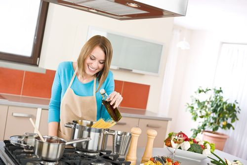 Cooking Oils Demystified: Whats the Healthiest Cooking Oil?  Confused about cooking oils and which is best for your needs? Many people are. Find out what the characteristics of a healthier cooking oil are and how to select the right ones for your kitchen.