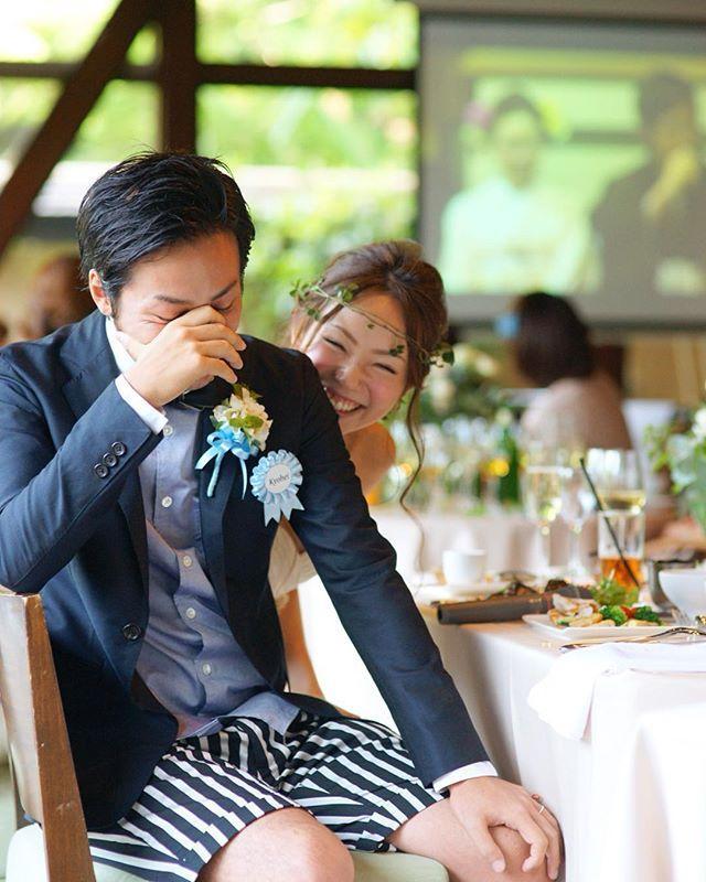 * 友人中心のパーティーで 親族のみの会食会で涙する映像を流され 照れる新郎と いたずらな笑顔で覗き込む花嫁 ・ 懐かしのpicより ・ ・ #tbt #weddingtbt #温度が伝わる写真 #photowedding #weddingphotographer #instawedding #happywedding #instagramjapan #weddingday #loves_nippon #tokyocameraclub #写真好きな人と繋がりたい  #ファインダー越しの私の世界  #ig_wedding #team_jp_ #team_jp_西 #SODOH #TheSodohHigashiyamakyoto #ウェディングドレス #weddingphoto #結婚式カメラマン #結婚 #プレ花嫁 #花嫁 #花嫁準備 #結婚準備 #結婚式準備  #ウェディングフォト #結婚写真  #noipicture