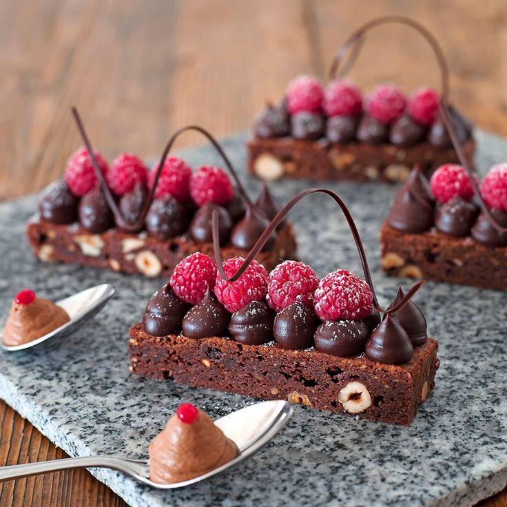 En ljuvlig dessert med mycket choklad – både chokladtryffel och chokladmousse.