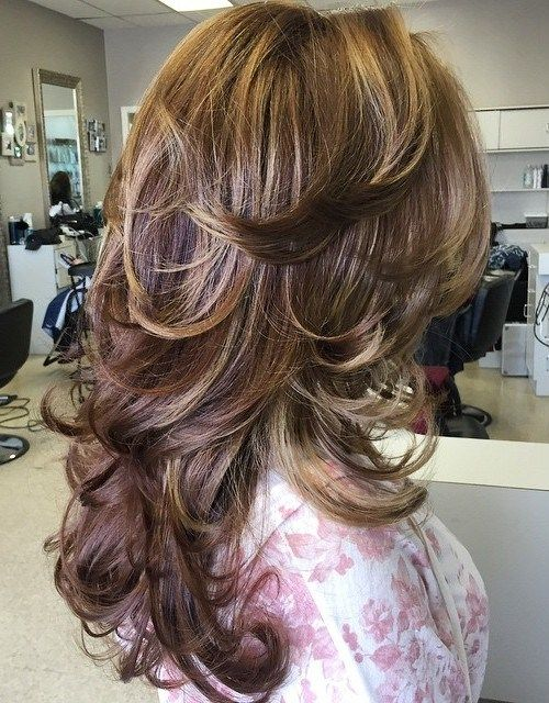 Long+Layered+Flicked+Hairstyle