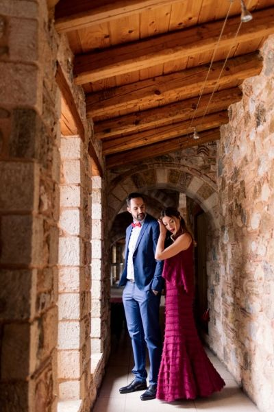 Inspiration Valentine Couple Shoot at Pyrgos Petreza, Athens by #Phosart Photography & Cinemaqtography See more http://photographergreece.com/en/photography/couples/828-valentine-couple-photo-shoot