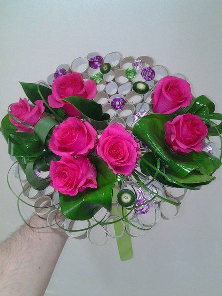 Flower arrangment with wire | uploaded by Поддубный дмитрий