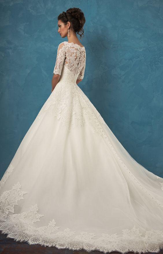 Wedding Dress: Amelia Sposa