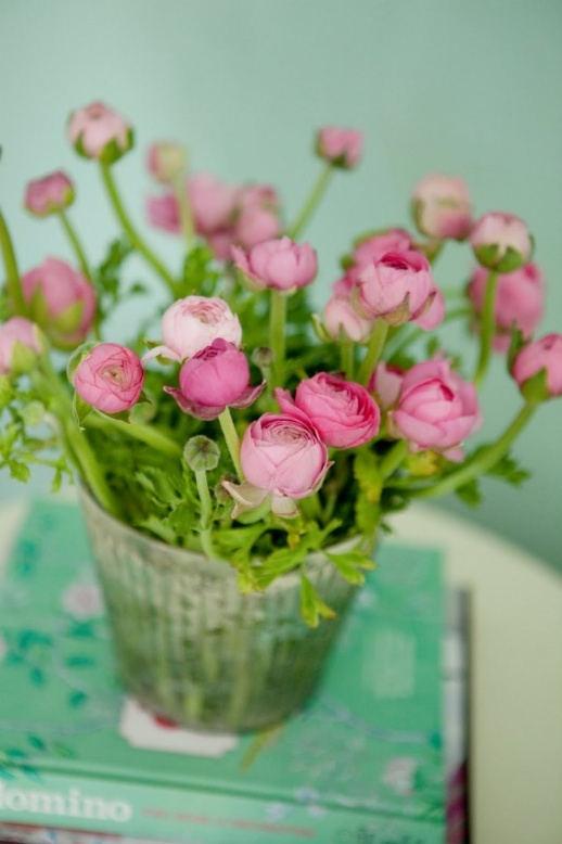 Pretty Ranunculus. I had some of these {in brighter pink} in my wedding bouquet.   :o)
