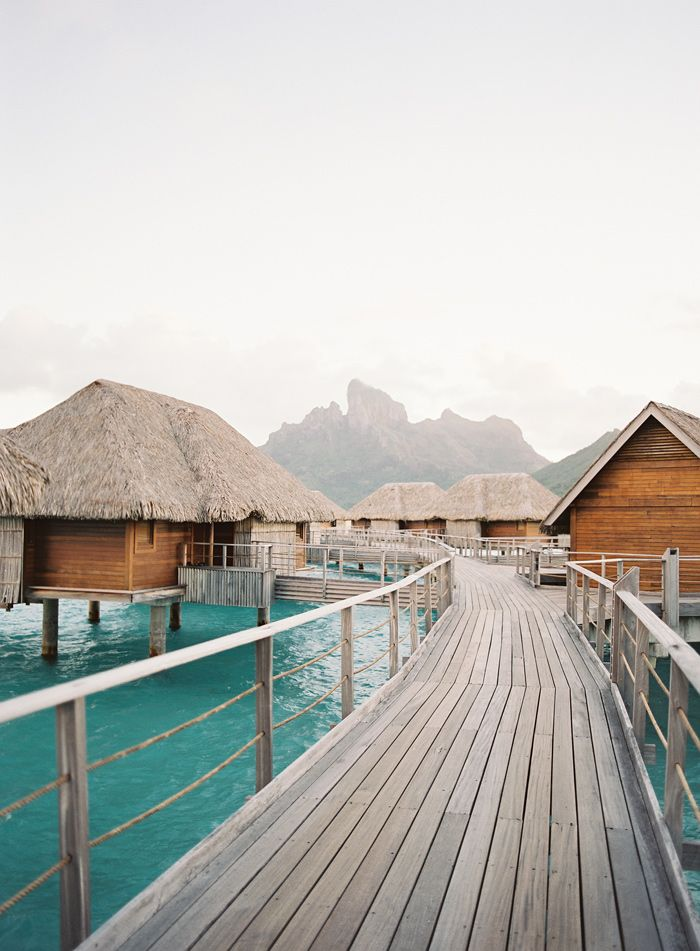 Four Seasons Bora Bora Honeymoon | Best Wedding Blog - Wedding Fashion & Inspiration | Grey Likes Weddings