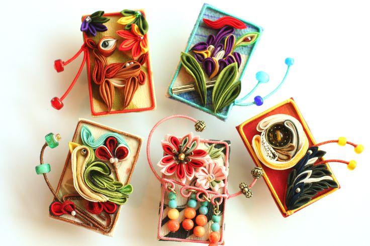 つまみ細工の花札を造りました。 ●silkartHIMEKO facebookpage https://ja-jp.facebook.com/himekosilkart ●silkart HIMEKO URL http://www.himeko-silkart.com/