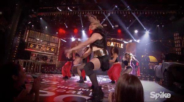 L'acteur et danseur Channing Tatum s'est frotté avec enthousiasme à Beyoncé lors d'une Lip Sync Battle mémorable.