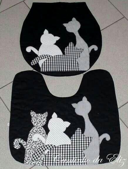 Detalles gatod negros water