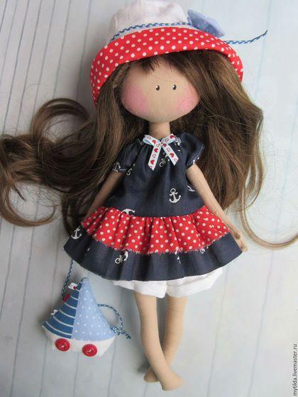 Купить или заказать Счастье у моря в интернет-магазине на Ярмарке Мастеров. Куколки в съемных одежках. Волосы густые, шелковистые, можно расчесывать и делать прически. Куколки отлично подходят как для украшения интерьера, так и для игр. Послужат оригинальным сувениром на память о море. __________________ Кукла приедет к Вам в подарочном капроновом пакетике с красивой бирочкой и с подставкой. При покупке 2-х кукол пересылка за мой счет.