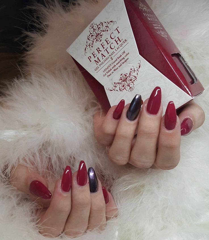 Mooie nageltjes gezet door onze studente!  Wil jij ook mooie nageltjes, voor maar 50€ (met verlenging!)?  Bel dan naar 011/60 53 76 en boek jouw afspraak!