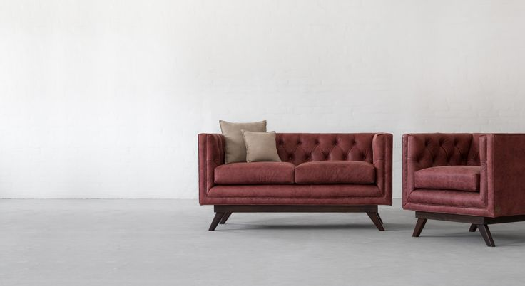 One of the finest designs, our Bombay tufted sofa collection with an all over tufted back and Art Deco inspired hardwood lower frame, would make for a stately upgrade to your living room.  Link - http://www.gulmoharlane.com/products/bombay-leather-sofa-collection-1  #bombay #tufted #leather #sofa #gulmoharlane