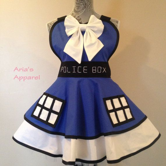 The Tardis   Doctor Who  Tardis Apron  Doctor Apron by AriaApparel