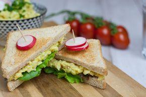 vegan egg salad sandwich | veganer Eiersalat auf Sandwich mit Radischen