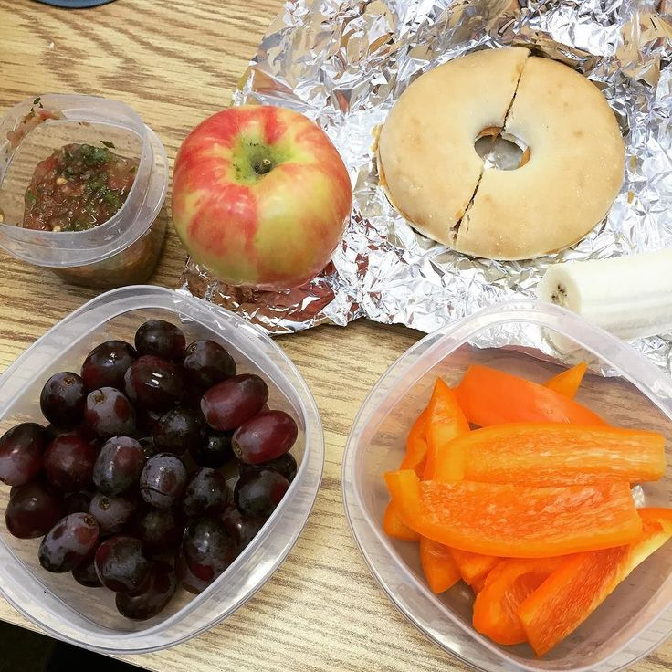 Lunch!! Tried to focus on fruits and veggies because I'm heading to the Red Sox game tonight which will definitely include a beer or 2! I dipped the orange pepper in fresh homemade salsa 0 points :) lunch is 6 points total! #wwlunch #weightwatchers #wwbride #wwsisterhood #healthylifestyle by wwbride_lea
