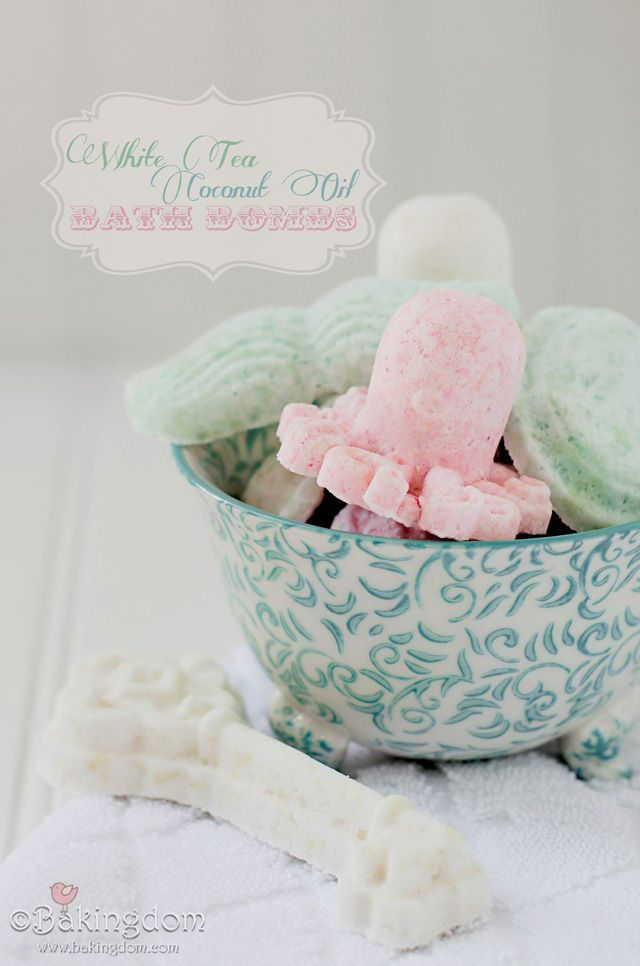DIY Coconut Oil Bath Bombs. Never tried a method with coconut oil before; this one is next on my list!