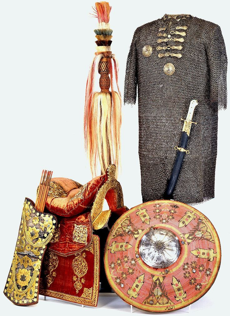 Ottoman zirah (mail shirt), shown with a kalkan (shield), quiver, saddle, sword and standard. Trophys captured after the Battle of Vienna in 1683.