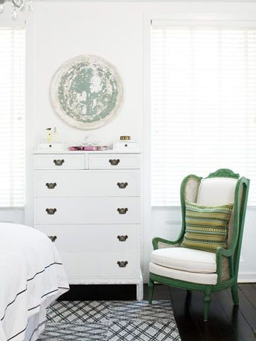A Milder Green: Bedrooms Thoughts, Guest Bedrooms, Deco Ideas, Vintage Dressers, Design Ideas, Bedrooms Design, Bedrooms Inspiration, Bedrooms Ideas, 1930S Design