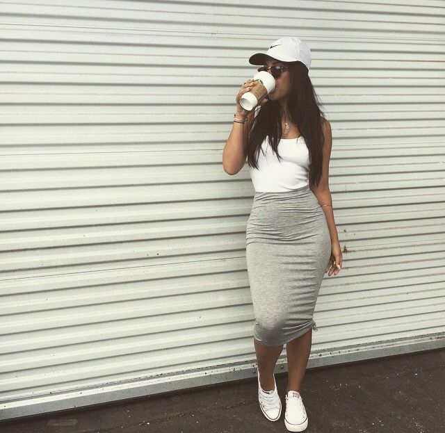 Summer Outfit - Midi skirt with converse & hat