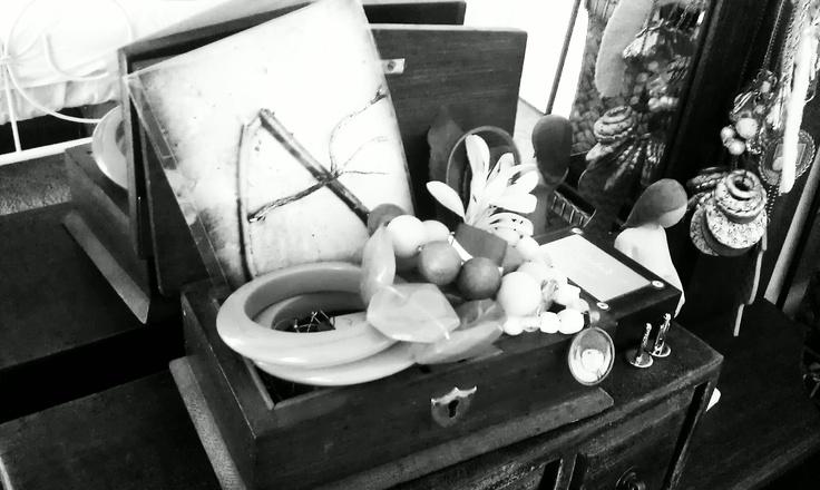 Jewellery box treasures