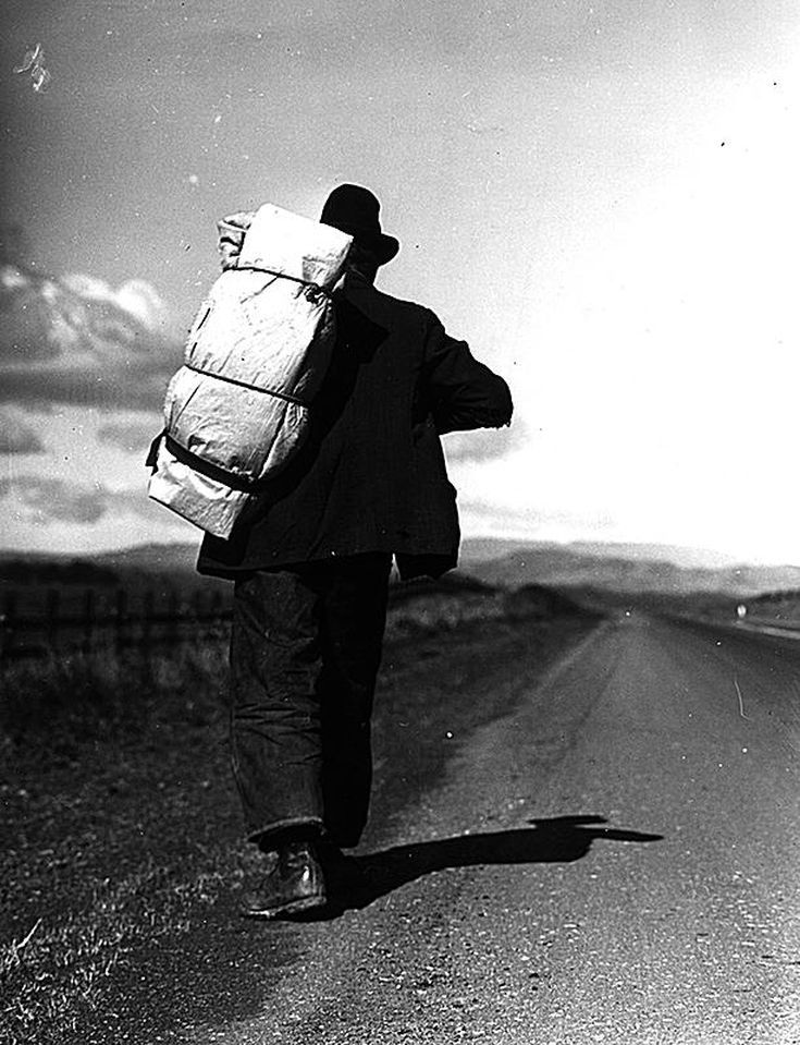 A Collection of Pictures From the Great Depression: Migrant Worker Walking Alone on a California Highway