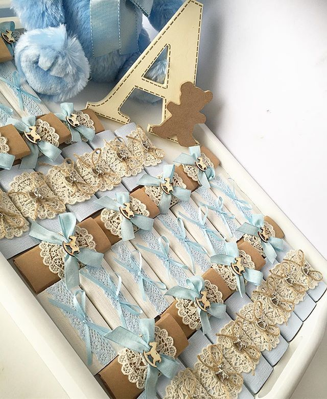 WEBSTA @ sweeteve1 - Favours for prince Adam...  #babyboy#babyshower#baby#decoratedchocolate#chocolate#lindt#blue#boy#arrangement#custommade#cookies#christening#baptism#weddings#engagement#encontrandoideias#favours#welcomebaby#itsaboy#bomboniere#instalike#instadaily#vscocam#instapic#babyshowerideas#love#festa#melbourne#sweeteve#followus