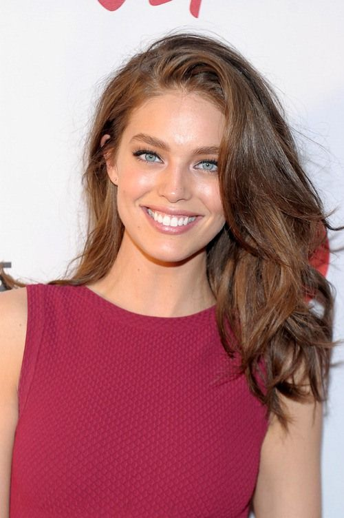 Model Treat: Sports Illustrated Beauty Emily DiDonato