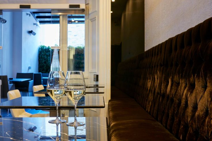 This Christmas begin the season of love with a toast at Q Bar, a joyous prelude to your ultra relaxing holiday stay at The Queens Gate Hotel! #London #cozy #holidayseason #relaxing #holidays