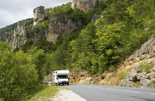 """Ζήστε νέες ταξιδιωτικές εμπειρίες ταξιδεύοντας μαζί με το τροχόσπιτό σας στη γραμμή Αδριατικής και απολαύστε μοναδικές προσφορές!https://goo.gl/hJYDJZ #Minoan_offers Travel with your camper or caravan on the Adriatic Line and enjoy the exclusive offers of our """"All Inclusive Camping"""": http://bit.ly/2apC4lX"""