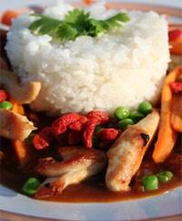 Kyllingfilé i wok med Gojibær