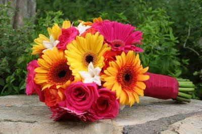 rose and Gerber Daisy Bridal Bouquets | Amanda'a Bridal bouquet featured gerbera daisies, roses and ...