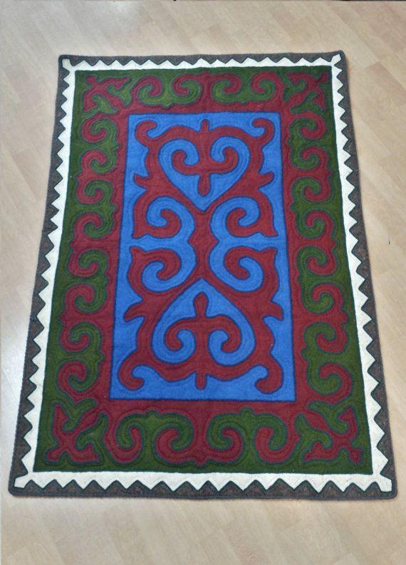 Wool Felted Shyrdak Rug from Kyrgyzstan (#19)