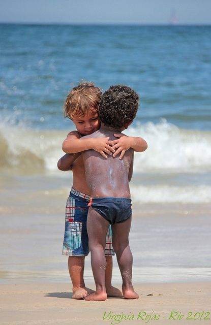 Making friends. This is how our world should be. What a beautiful expression of love.