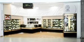 Herend Porcelain shop by Adamdesign
