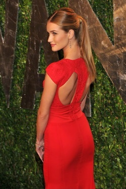rosie huntington whiteley  Hair DO!  a ponytail with a bump, best ponytail ever!
