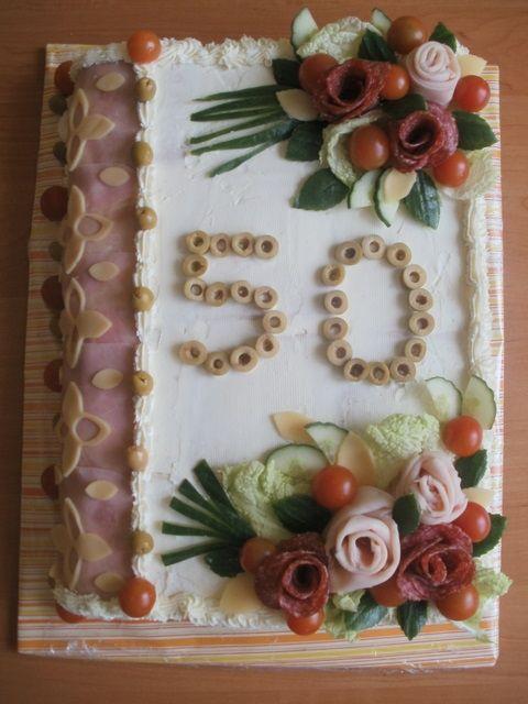 ** Slaný dort k narozeninám **