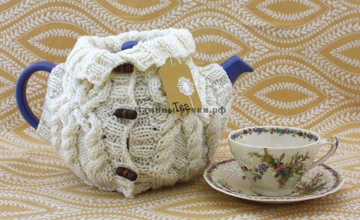 Вязаная спицами грелка-свитер на чайник (aran sweater tea)