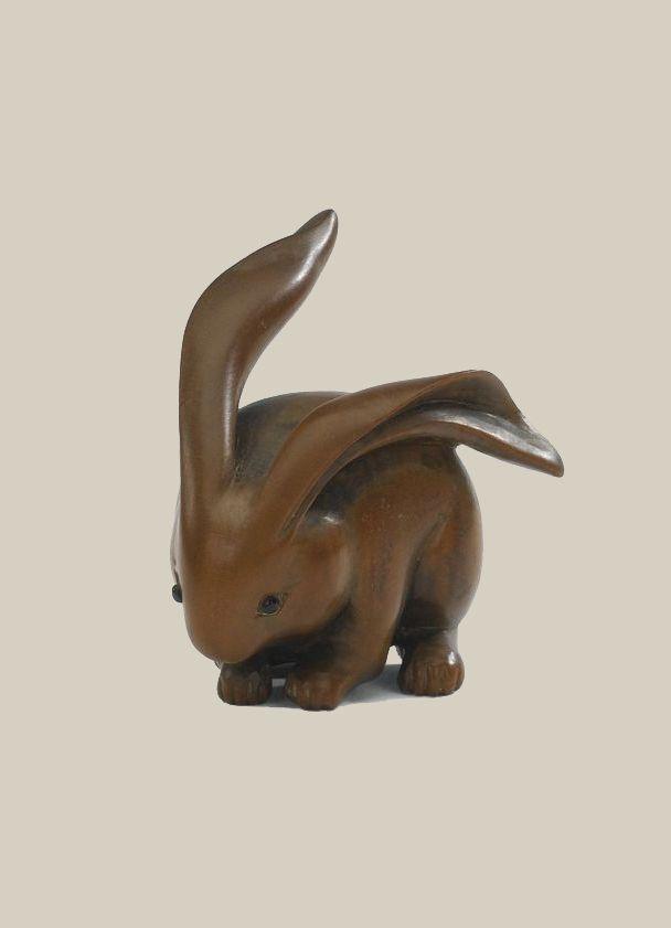 Wood Netsuke of a hare. Artist Ranko, 19th century, Japan