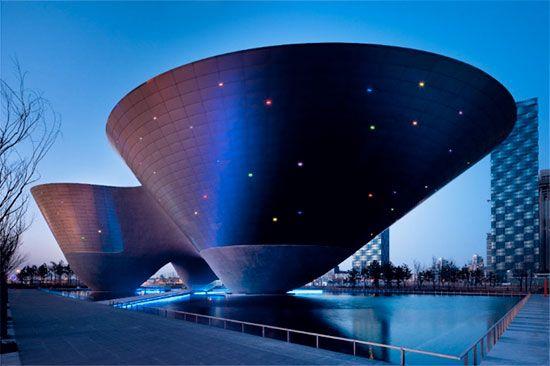 Incheon TriBowl Illuminazione facciate, Architettura