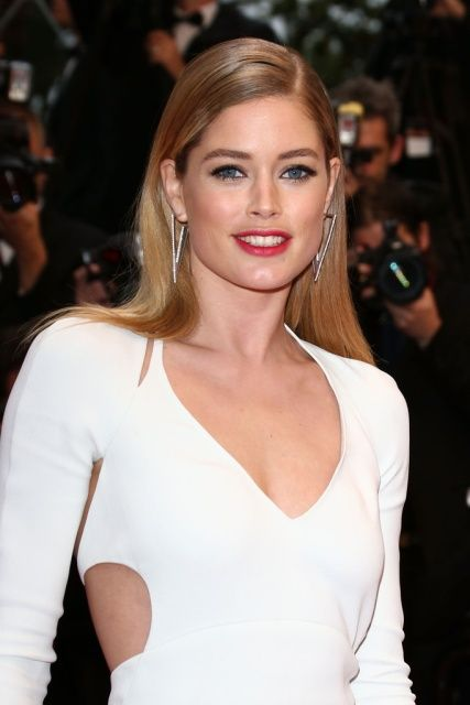 Doutzen Kroes Sexy White Prom Dress Cannes Film Festival 2013