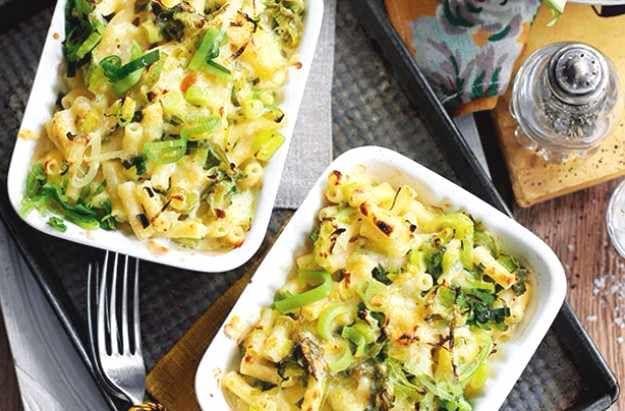 Slimming-Worlds-leek-macaroni-cheese-compressed