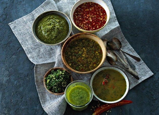 grønn pesto i skål