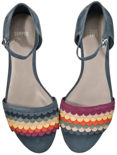 Who did actually say the two shoes have to be exactly the same?   Camper TWIN sandals.